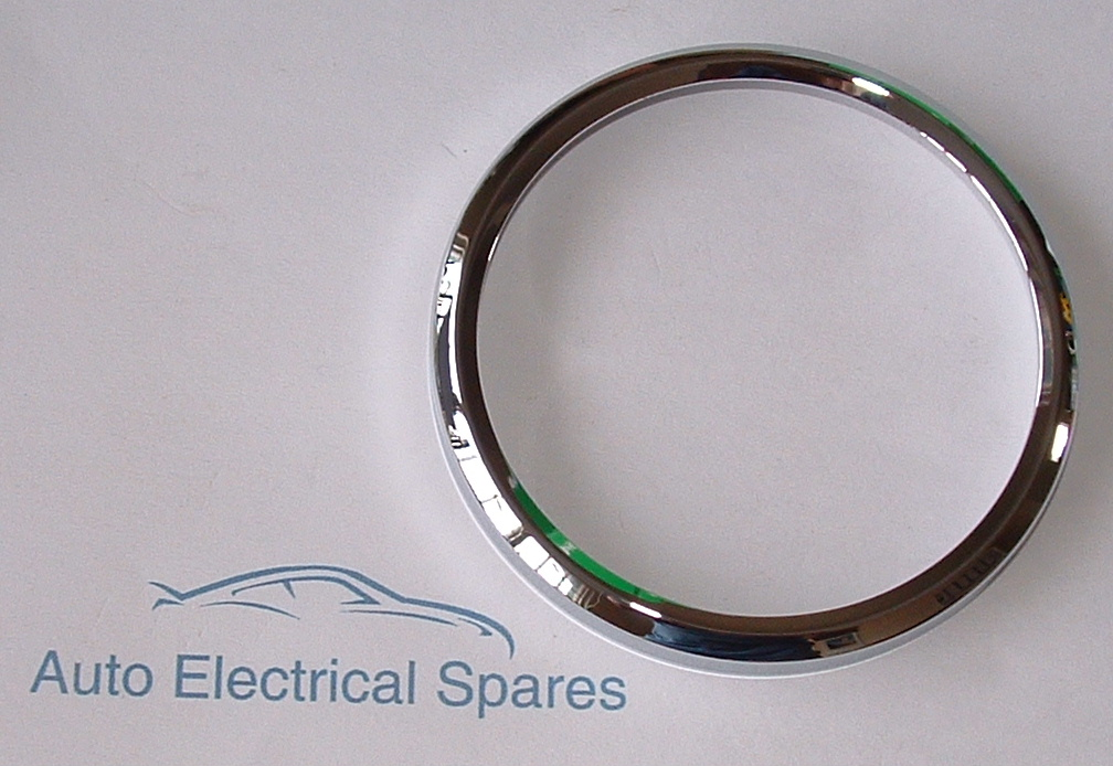 010150 Classic Car Chrome Bezel 88mm Roll On For Smiths