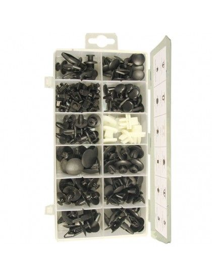 Assorted Nissan Trim Clips x 139